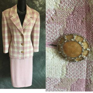 ST JOHN COLLECTION KNIT PINK SKIRT SUIT SIZE 10 12
